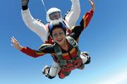 Sada y el bombón - Aventarse en paracaídas en Celaya